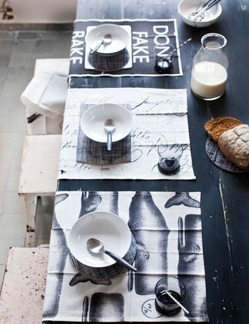 Themafeestje organiseren? Ga voor een feestje met als thema zwart-wit. Hang zwarte en witte ballonnen op, maak slingers in zwart-wit, maak franjekwasten, dek de tafel en meer tips.
