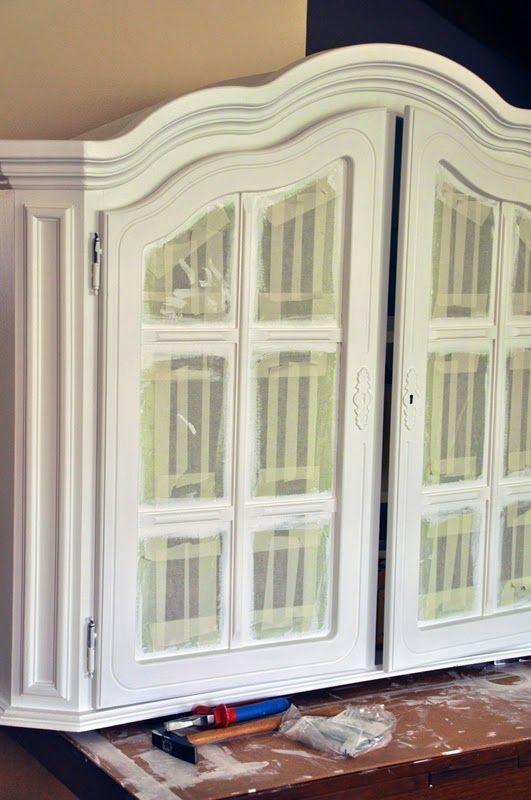 simply about home: Jak pomalować drewniane meble na biało DIY