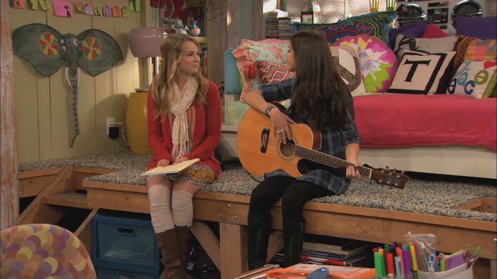 Get Teddy Duncan's Room Style from 'Good Luck Charlie'! - M Magazine