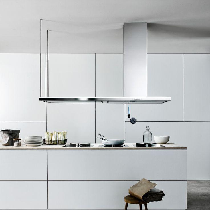 Stai cercando una cappa aspirante per la tua cucina? Prova la cappa Lumen Isola 175 della collezione Design firmata Falmec