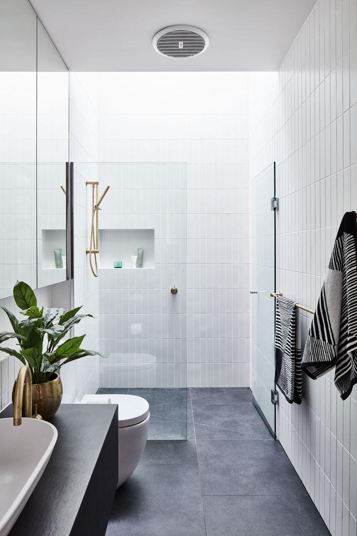Pin By Susan Vazquez On Home Decor Bathroom Tile Designs Best Bathroom Tiles Small Bathroom