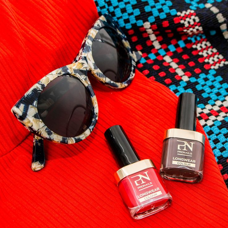 #Ain'tYoMama  and #RippedRed #nails #nail #fashion #style #TagsForLikes #cute #beauty #beautiful #pretty #girl #girls #stylish #sparkles #styles #gliter #nailart #art #opi #photooftheday #essie #unhas #preto #branco #rosa #love #shiny #polish #nailpolish #nailswag