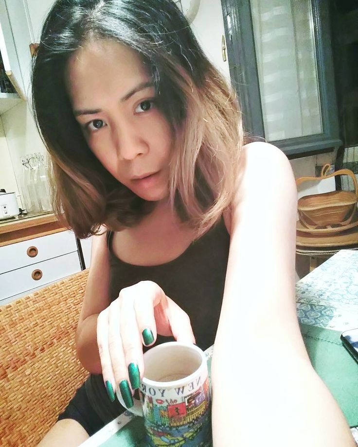 Coffee after dinner ☕�� #goodnight #coffee #casualstyle #transgender #trans #tgirl #transgirl #relax #asian #student http://butimag.com/ipost/1556797474824044157/?code=BWa2w4aHL59