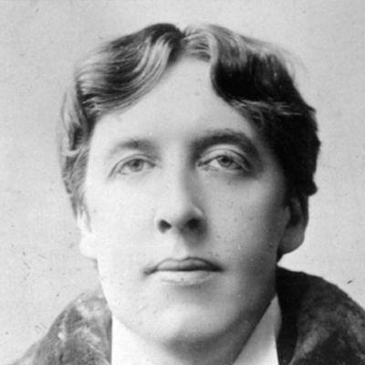 Tutte le migliori frasi, aforismi e citazioni di Oscar Wilde, noto scrittore e poeta del 1800.  #Oscar #Wilde #aforismi #citazioni #frasi