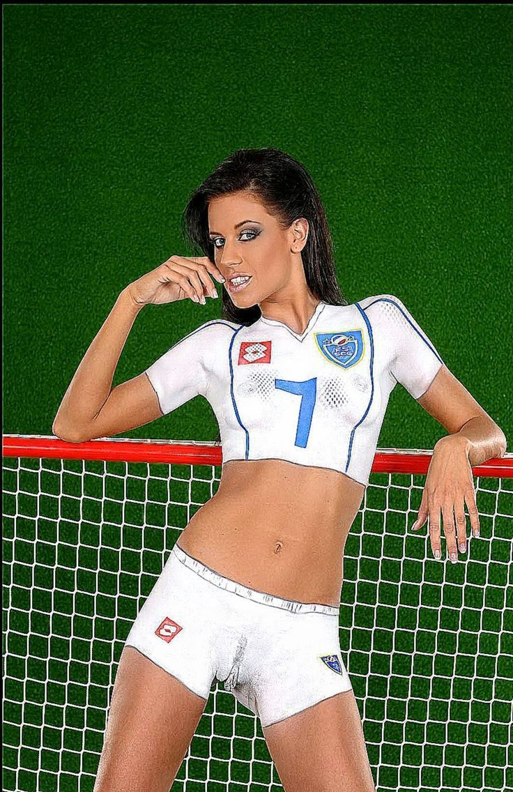 Celebrate The Womens World Cup With These Body Paint Girls Spikey