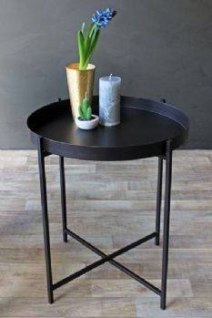 Dream Black Tray Side Table #moderndesign modern side table #blackdesign black side table #livingroomdesign modern living room. See more at www.coffeeandsidetables.com