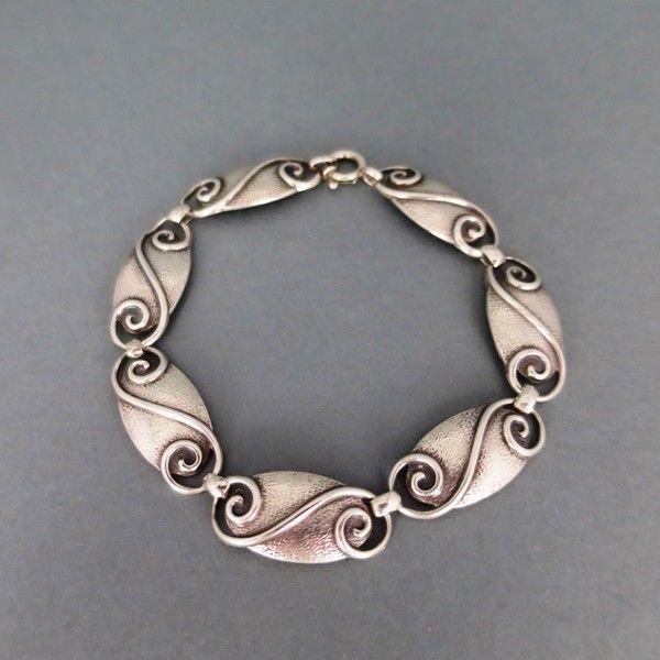 Modernistisches Armband von WMF in Silber