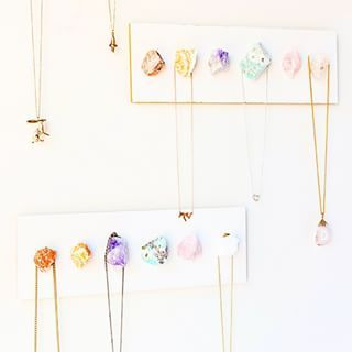 Make a gorgeous necklace display using crystals.POYO