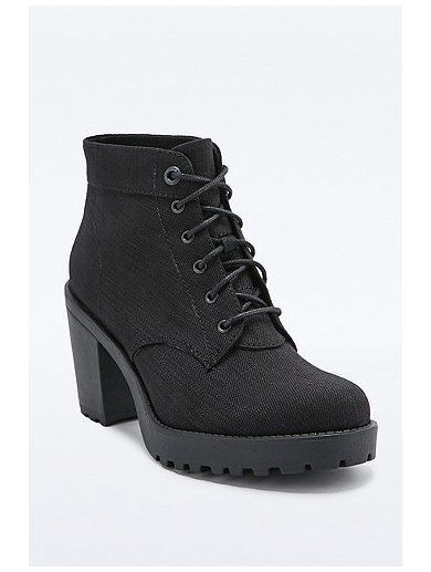 http://sellektor.com/user/dualia/collection/vagabond Vagabond Grace Lace-Up Boots in Black