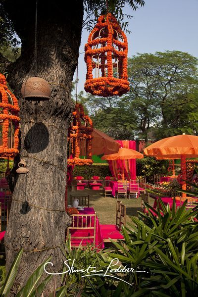 Marigold cages ! <3 this mehendi decor idea! #gainda #traditional | Photo credit : Shweta Poddar |#indianwedding  #decor #idea #mehendi curated by Witty Vows - The ultimate guide for the Indian Bride | www.wittyvows.com