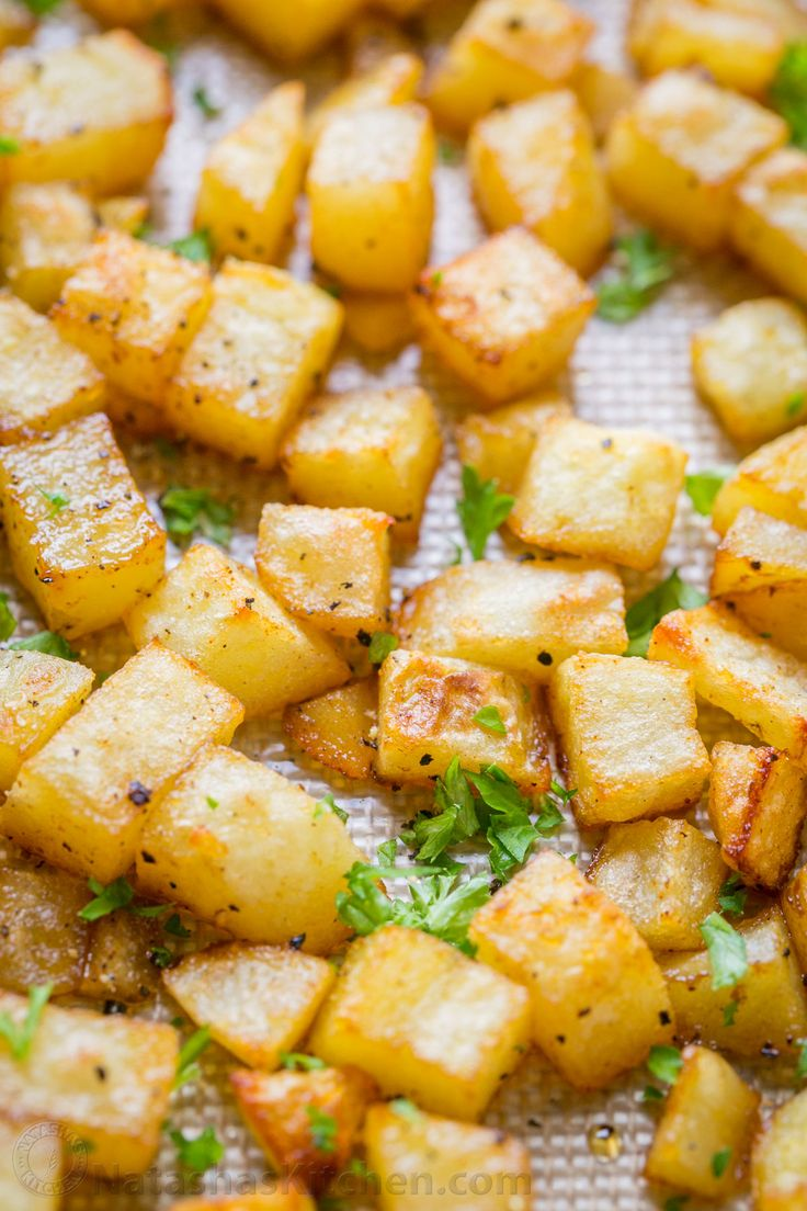 baked breakfast potatoes with simple ingredients (our go-to breakfast ...