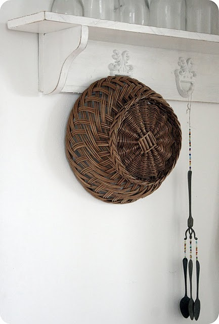Plaited willow basket - Madeira style.