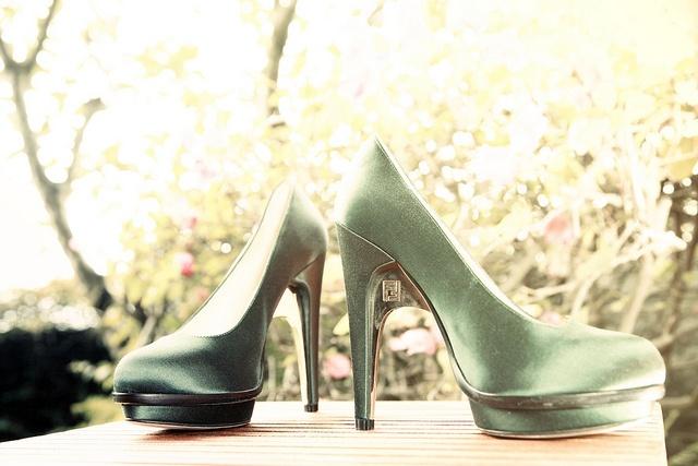 like it: Wedding Dresses, Shoes Mg 2107, Nick Nacks, Phi Edward Hotmail Com, Shopping Lists