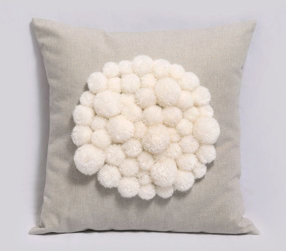 youtube how to make martha stewart pom poms