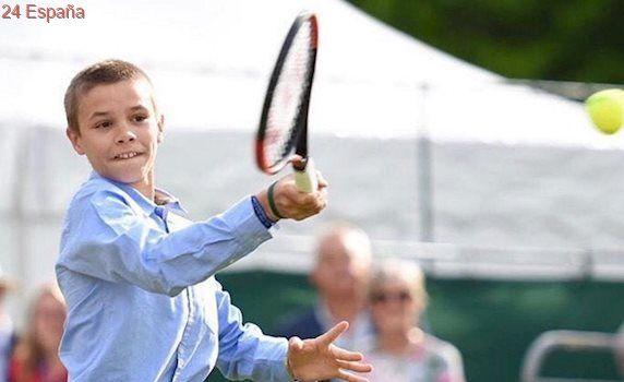 Romeo Beckham, un alumno más en la escuela de tenis de Rafa Nadal