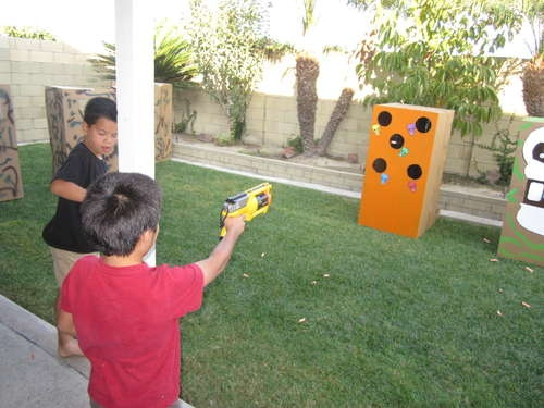 Homemade Nerf Target station with rotating targets and a built in bullet  return. Genius!