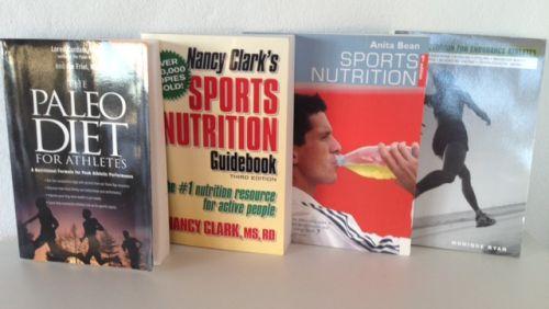 4 gode bøger om kost og ernæring til sportsudøvere. på engelsk. Per stk. 35,- kr. Alle 4 bøger for 120.- kr.