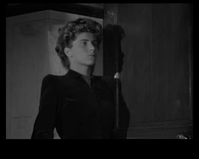 An audiovisual essay on 'Le silence de la mer' (Jean-Pierre Melville, 1949), by Cristina Álvarez López. Read accompanying text: http://mediacommons.futureofthebook.org/intransition/2014/09/14/idea-concept FOR STUDY PURPOSES ONLY