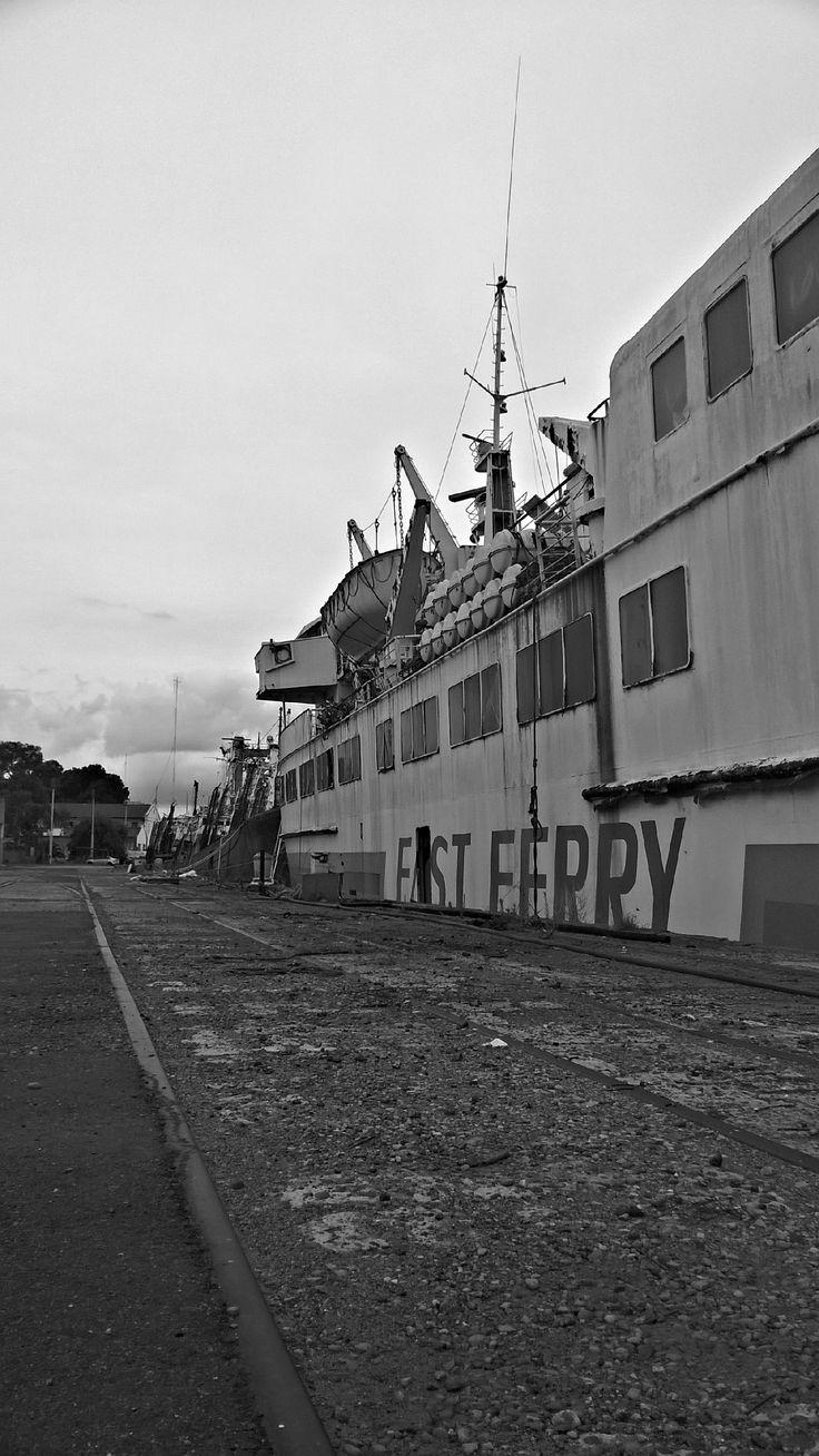 Una tarde en el puerto  Dársena Sur  An afternoon in the Port  South Dock  #BuenosAires #port #sea #ship #ships