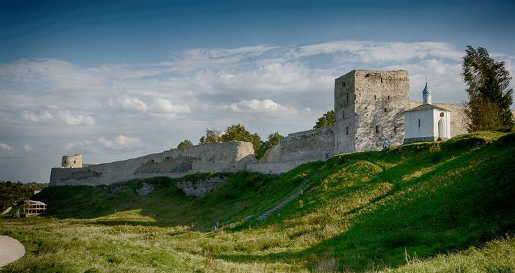 Изборская крепость (Россия, Изборск)