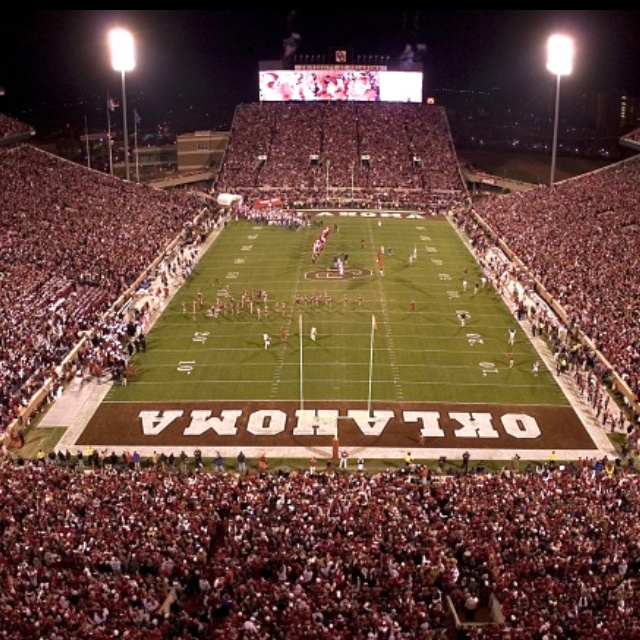 There's only ONE Oklahoma!  Boomer Sooner :)
