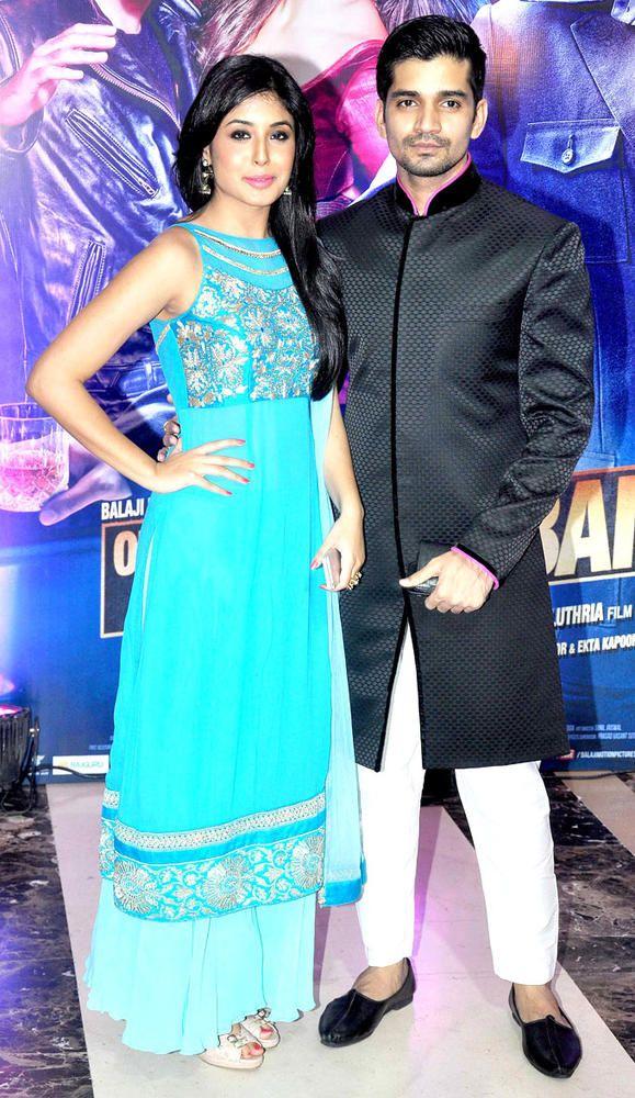 Kritika Kamra with Vishal Singh at Ekta Kapoor's Iftar bash. #Bollywood #Fashion