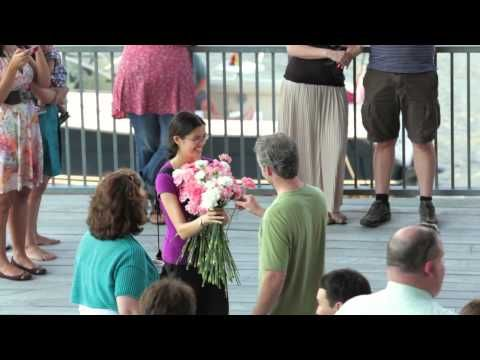 Woman gets surprised with 300 flowers in this flash mob marriage proposal in Boston #engaged #proposal #wedding