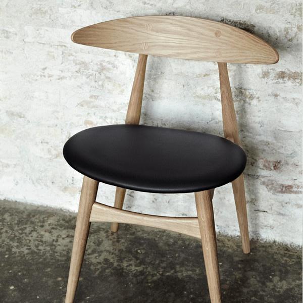 Wegner CH33 Chair  http://www.danishdesignstore.com/products/wegner-ch33-chair-1#