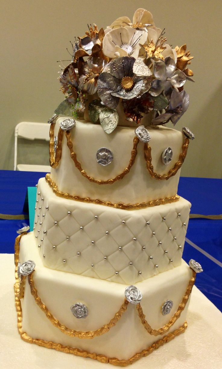 Steam Punk--First Prize Professional Division Icing on the Cake competition