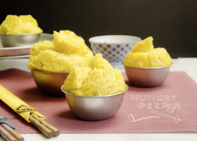 Golden Pumpkin Huat Kueh (发糕) For The Year Of The Dog!