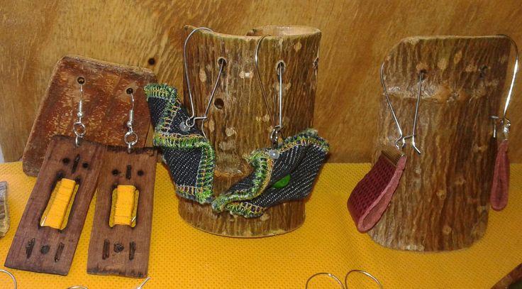 Reciclados de jeans,madera ,cuero