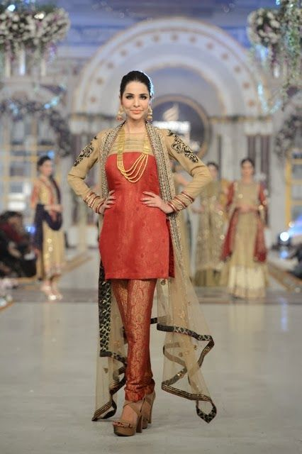 Asifa Nabeel - Pakistani Bridal Fashion at Pantene Bridal Couture Week 2013 PBCW Lahore