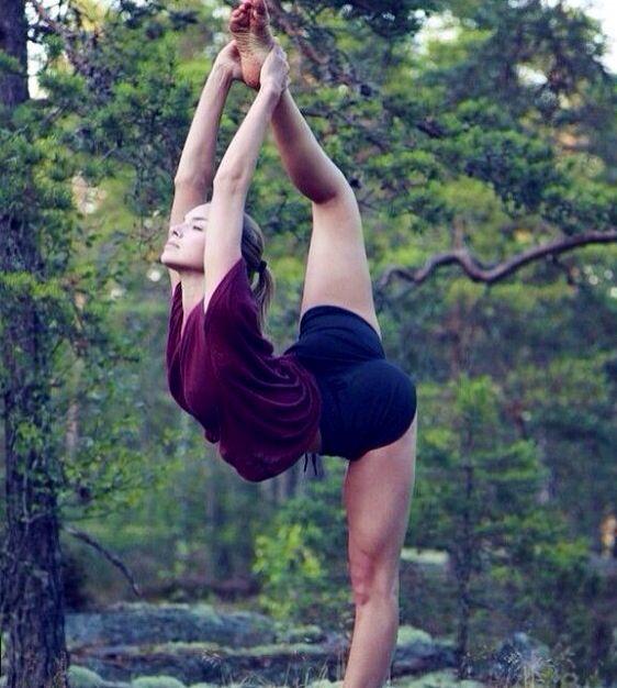 Beautiful Yoga pose.. http://triceytrims.com/