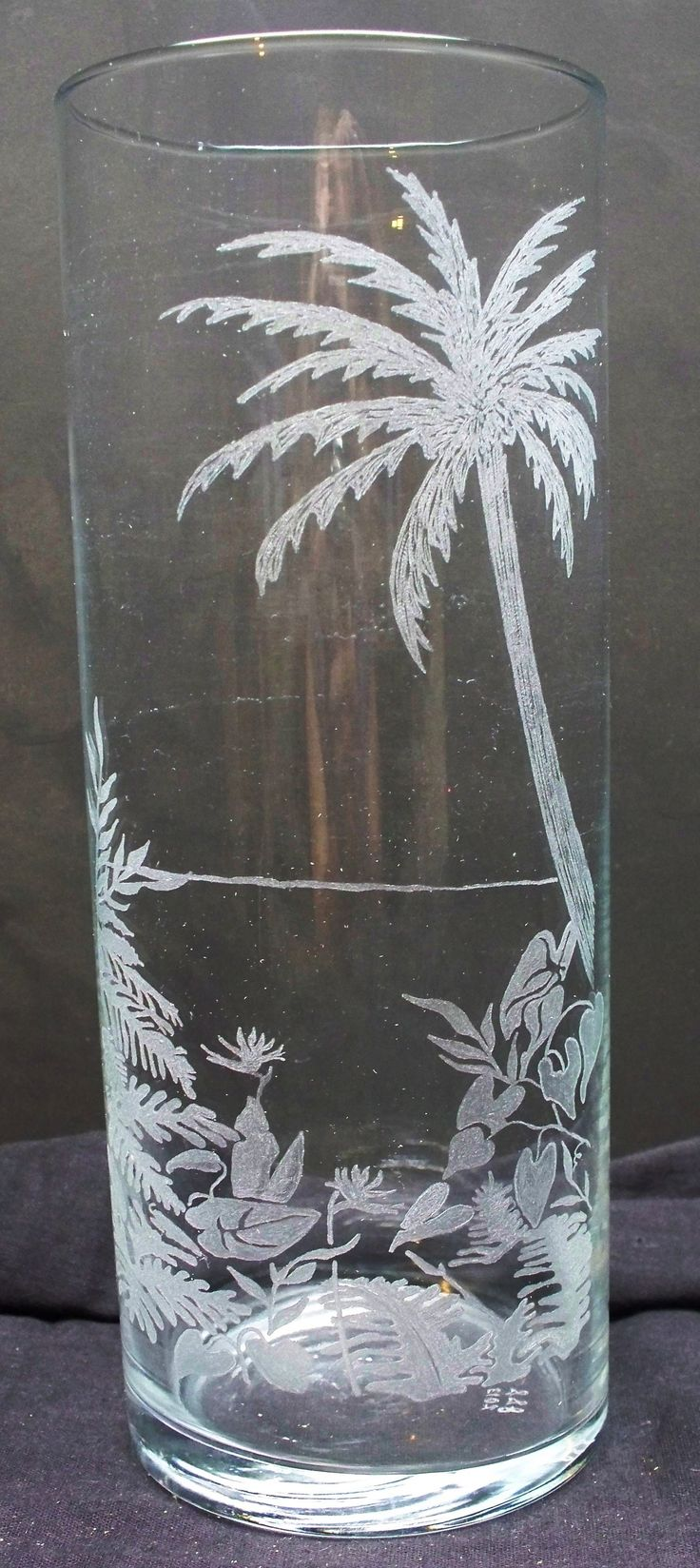 "Tropical beach engraved 7"" vase"