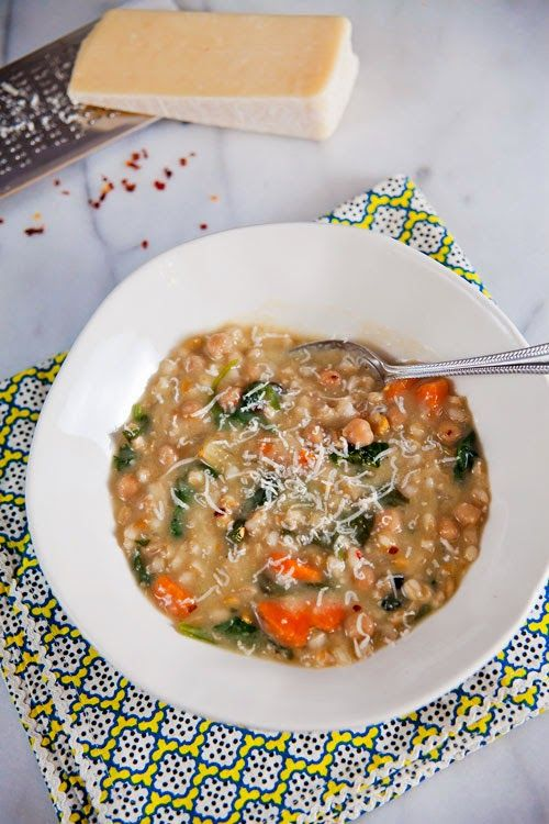 Slow Cooker Chickpea and Farro Soup