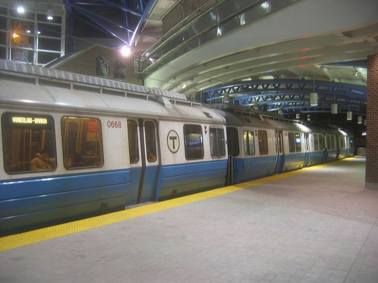 MBTA Blue Line train 600 series cars at Airport Station in 2005 - Blue Line (MBTA) - Wikipedia, the free encyclopedia