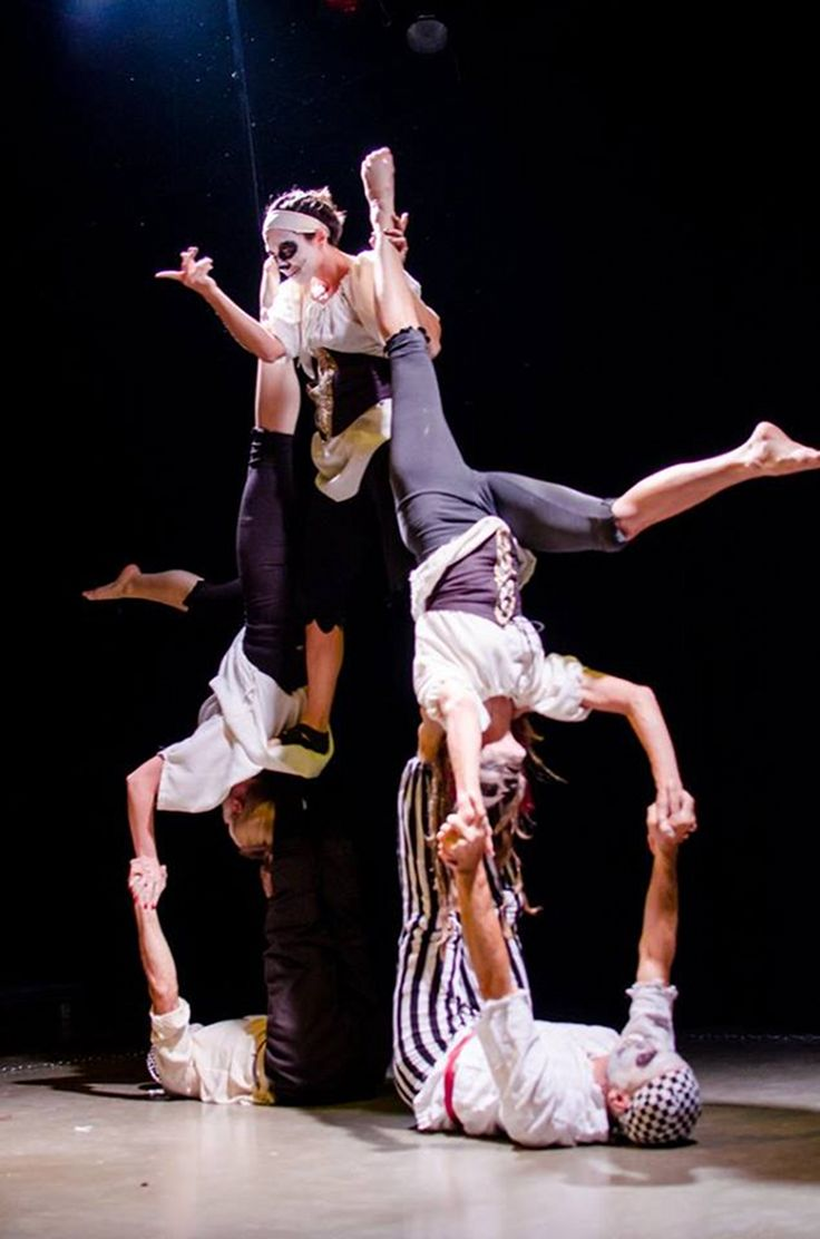 FEAT Acrobatics 5- Person Group Acrobalance stage show