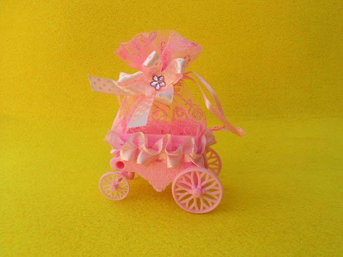 Ροζ καροτσάκι μωρού για μπομπονιέρα βάπτισης ή για οτιδήποτε έχετε φανταστεί.