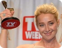 """Offspring star Asher Keddie has beaten out comedians Hamish & Andy and The Project's Carrie Bickmore to take home the Gold Logie at this year's ceremony.   Asked about her win, Keddie said, """"It's such a surprise""""."""
