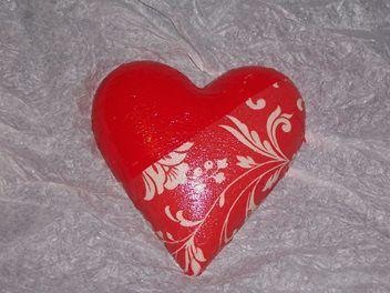 A heart a day 28/04/13 - Piper Morgan Designs