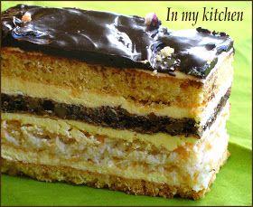 Ciasto to jest przede wszystkim dla wielbicieli orzechów i kokosa. I chociaż przygotowanie ciasta jest pracochłonne to tak na prawdę war...