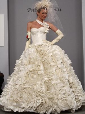 Best This Rosette Covered Ball Gown By Pnina Tornai Is Garden Party Ready