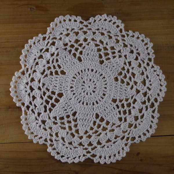 10Piece Crocheted Doilies White Home Wedding Decor de crochet  sur DaWanda.com