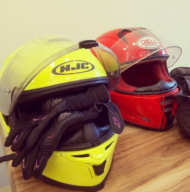 Yazin en soguk gununde zibidi gibi yola cikarsaniz il sinirlarini gecemeden iliklerinize kadan islanir donarsiniz... Riding with newly bros KTM and Husky on a chilled and wet summer day... #serguzestiozge #roadtrip  #motorcycle #hjc #hjchelmets #orangeisthenewblack #ktmduke390 #2bigmac1happymeal #Gokceada #riding #strongisthenewskinny #ktm #husquvarna