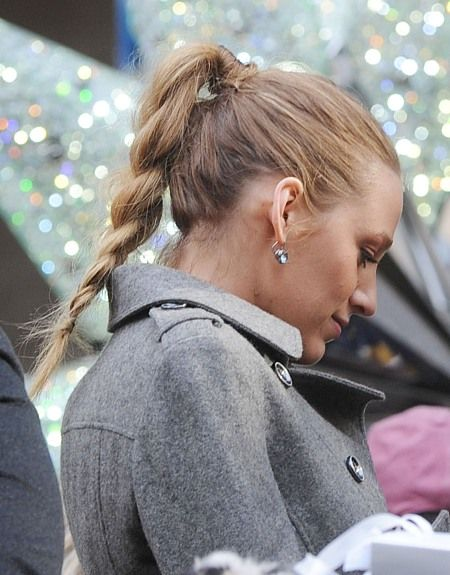 Blake Livelys blonde, braided hairstyle