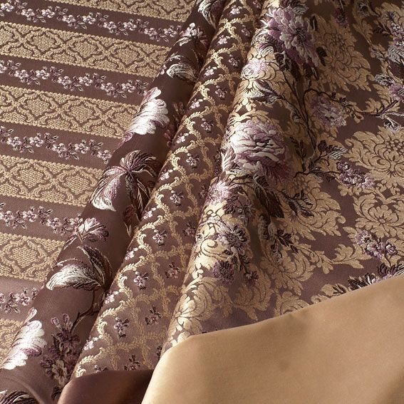 Благородная коллекция жаккардов Francheska  Ткани Francheska обладают сияющей фактурой благодаря комбинации атласного фона и переливающихся фактурных орнаментов, а также цветов с эффектом вышивки шелковой нитью. Если Вас заинтересовала представленная ткань, то отправляйте свои заявки нам на электронную почту: shop@mebelliery.ru  Подробности читайте на нашем официальном сайте —> http://www.mebelliery.ru/shop/textile/zhakkard/Francheska/   #дизайн #интерьер #дизайнинтерьера #мебель…