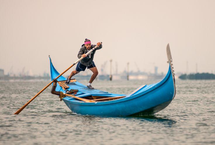 A gondoler training in the venetian lagoon. #venice #tradition ph @SimonPadovani