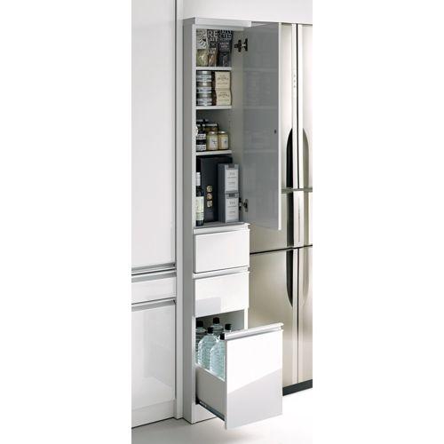 キッチンやダイニングの隙間を有効活用できるキッチン収納家具。丁寧なつくりが魅力です。高さをいかしてキッチン雑貨や食品ストック類を整理できます。幅は15、20、25、30cmの4サイズ、奥行は45と55cmの2サイズをご用意しております。