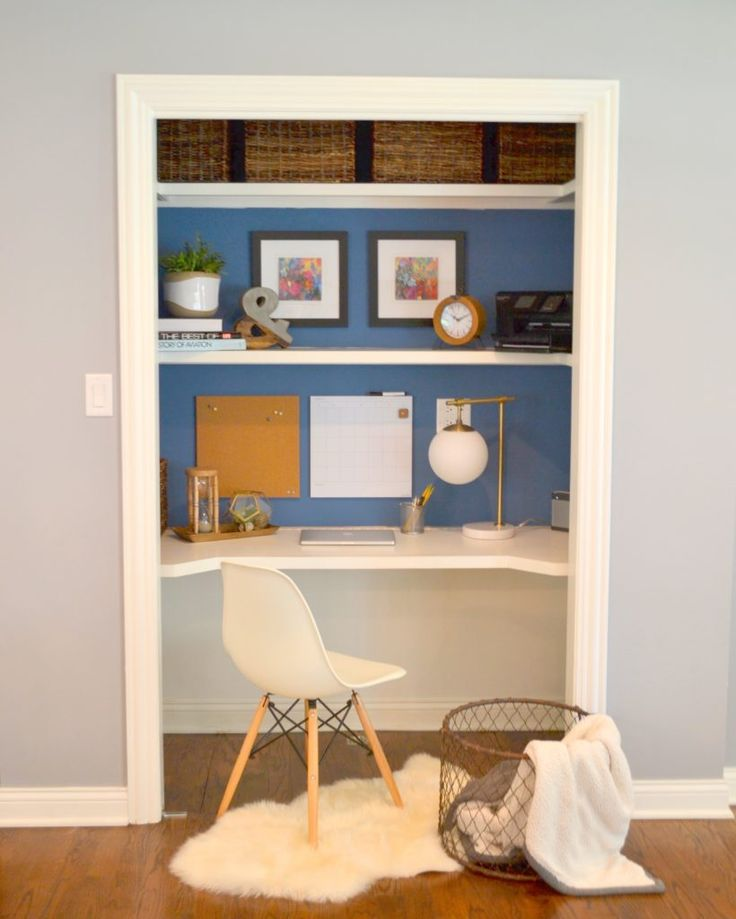 Love this Closet Desk! Great idea for small spaces!