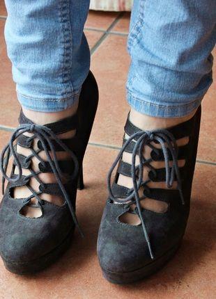 Kaufe meinen Artikel bei #Kleiderkreisel http://www.kleiderkreisel.de/damenschuhe/hohe-schuhe/98268170-offene-stilettos-schuhe